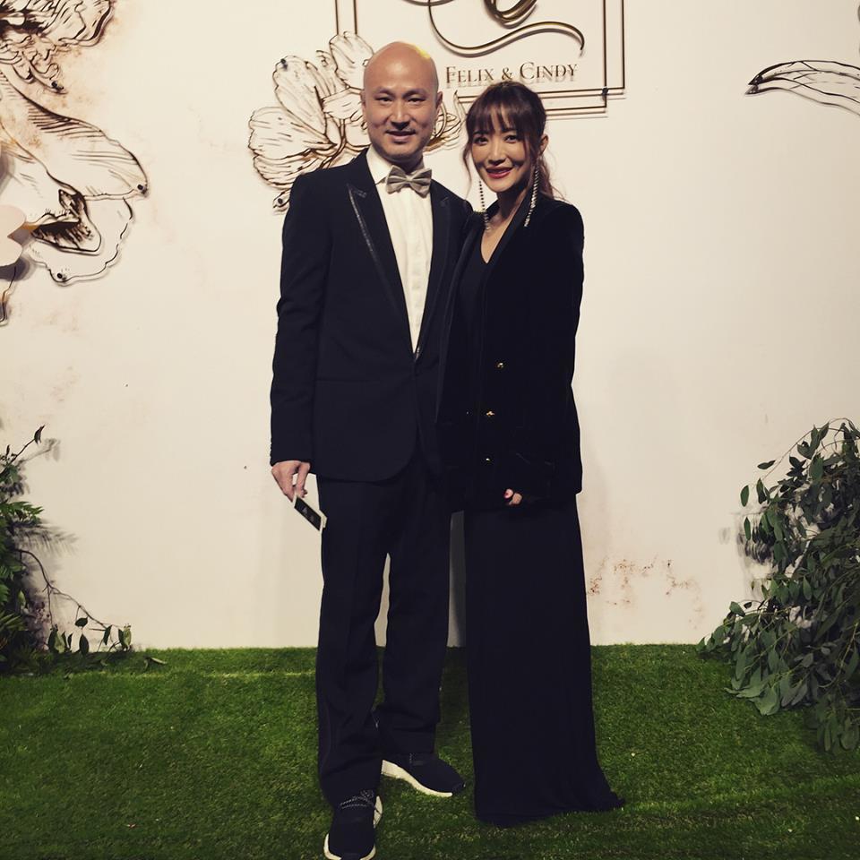 黃美珍(右)和張瑞哲結婚4年多。圖 /摘自臉書