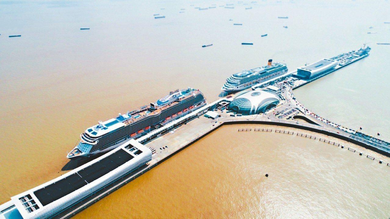 上海寶山區吳淞口國際郵輪港已成為亞洲第一、世界前四的郵輪樞紐港。 中新社
