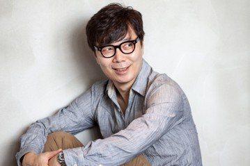 廣為人知的韓國電影《我腦海中的橡皮擦》(2004)的劇本,出自金英夏之手。 圖/openbook閱讀誌、漫遊者文化提供