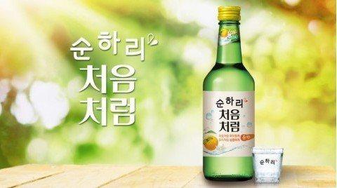 韓國燒酒。 ※ 提醒您:禁止酒駕 飲酒過量有礙健康 圖/zaiseou...