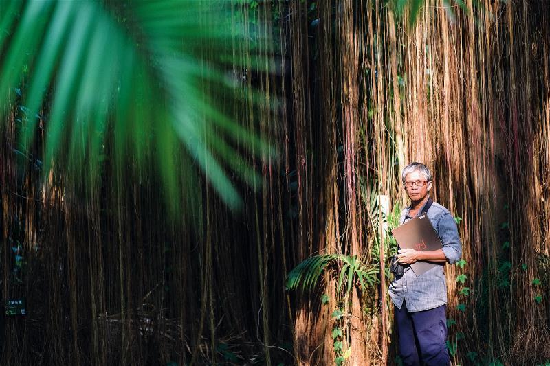 陳一銘是是國內科學繪圖的先驅,長年從事生態調查,擁有豐富的野外經驗。 (莊坤儒攝...