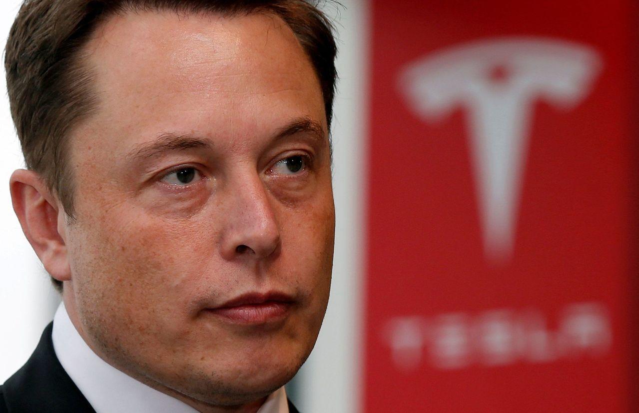 Elon Musk推特放消息聲稱擬讓特斯拉下市且「資金已爭取到」,引發不小爭議。...