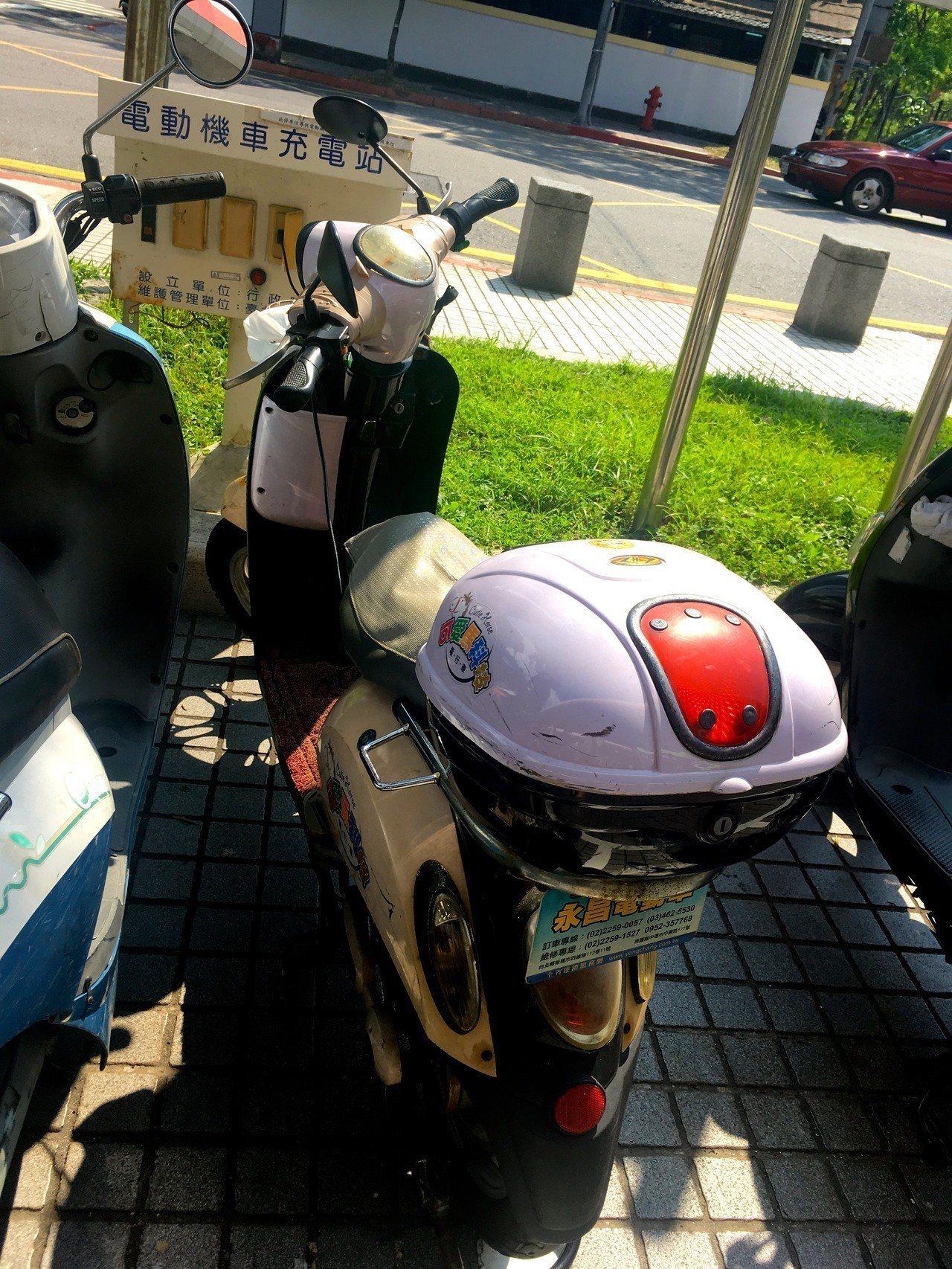 環保署將檢討電動機車充電站的使用狀況。記者雷光涵/攝影