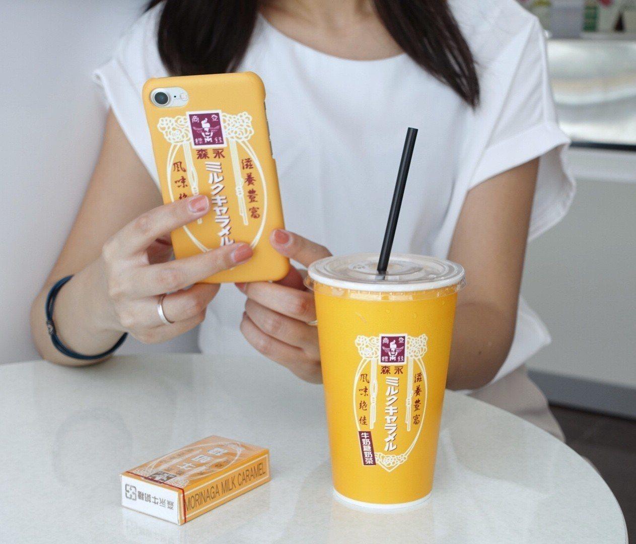 7-ELEVEN二度攜手日本零食大廠「森永」推出冰的森永牛奶糖奶茶,大杯65元,...