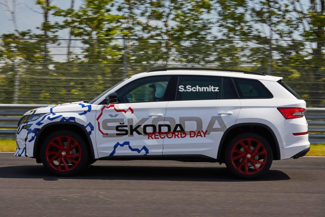 ŠKODA Kodiaq RS原廠偽裝測試車(接近量產版本)。 摘自ŠKODA