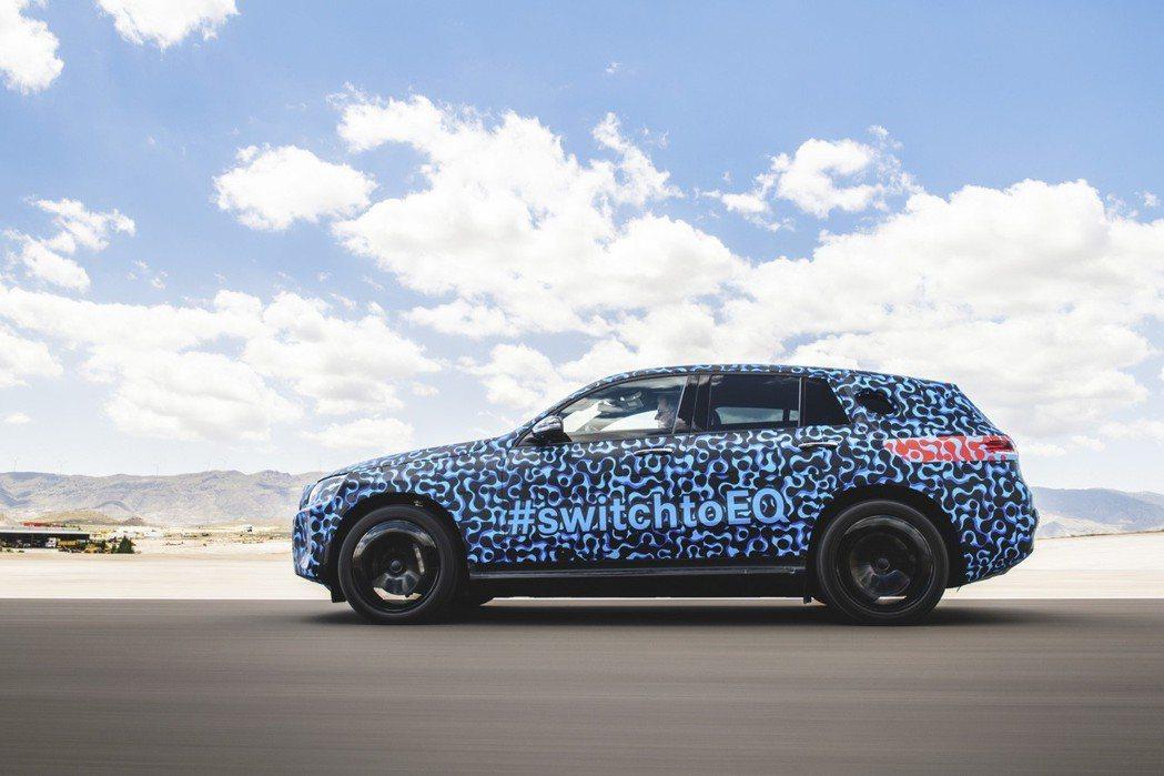 Mercedes-Benz EQC將成為賓士切入電動車市場的首發作品。圖/Mercedes-Benz提供 陳威任