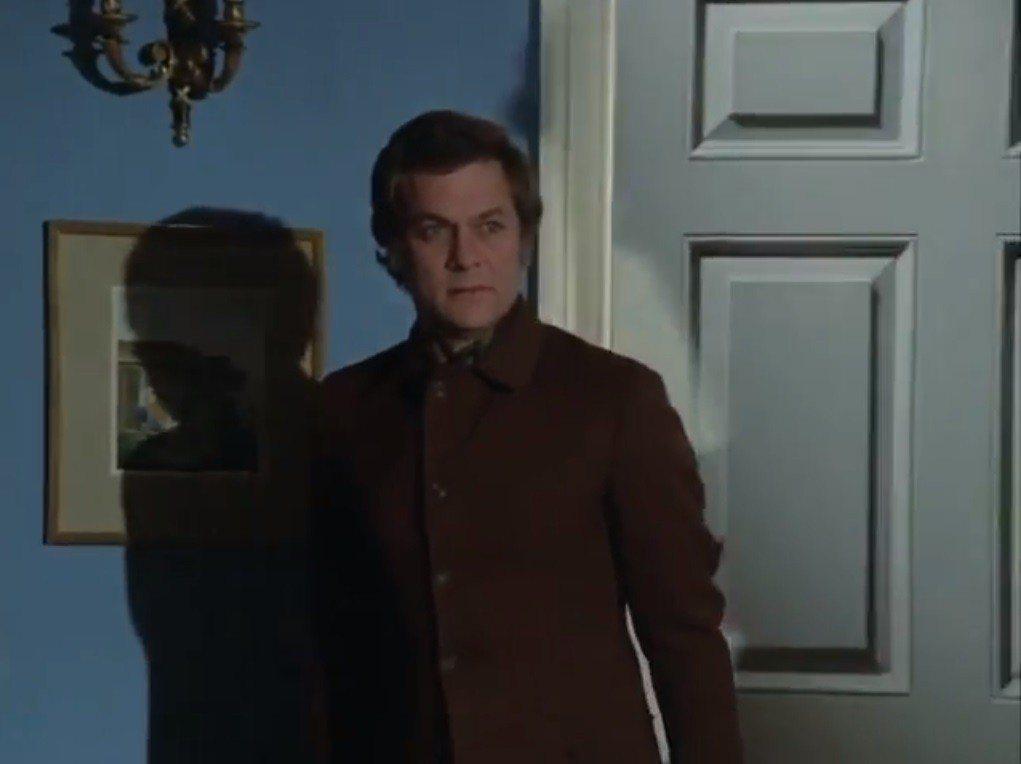 湯尼寇蒂斯是「高度機密」另外一位主角。圖/翻攝自YouTube