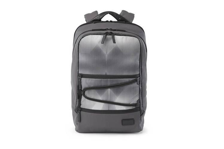 TUMI Tahoe系列Westville數位條紋後背包,約16,300元。圖/...