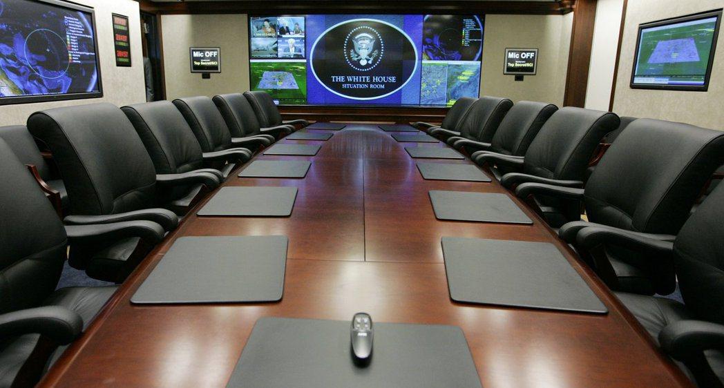 2007年剛整修完畢的白宮戰情室會議室。 (美聯社)