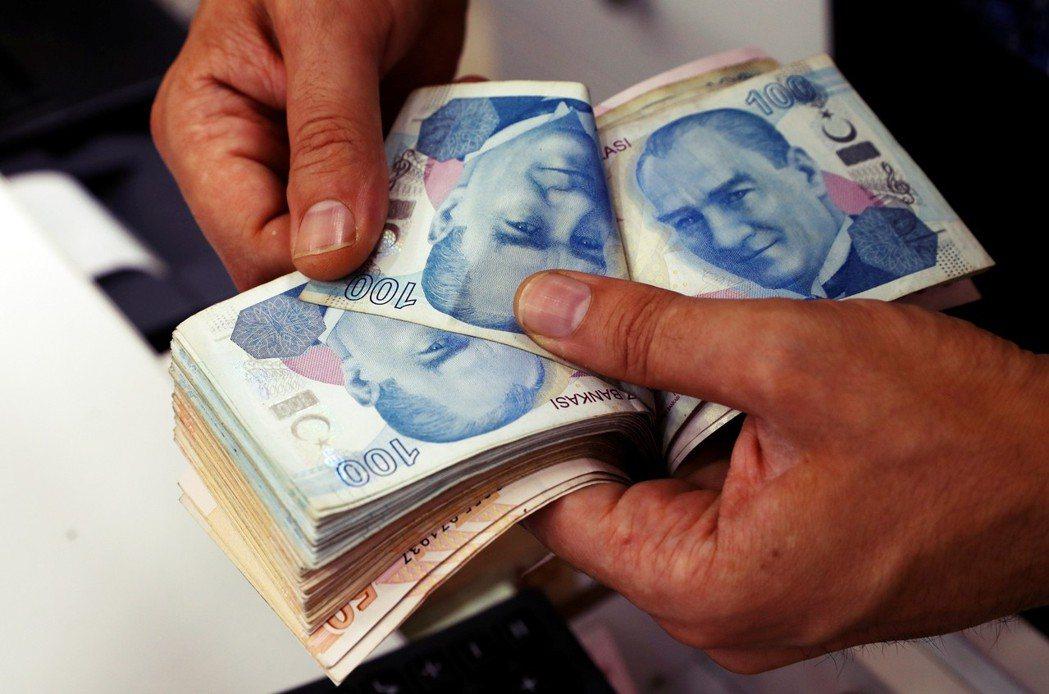 短短不到一個星期,里拉的跌幅最多高達20%,是2001土耳其經濟危機以來,最慘的...
