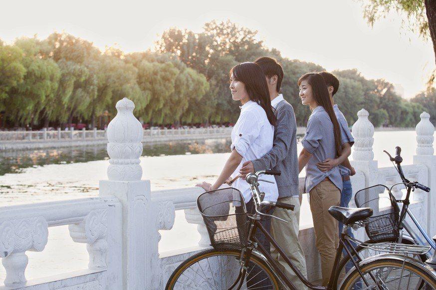 BBC中文網報導台灣人到大陸北京工作是為了尋找更好的發展,但這些都是中、短期的個...