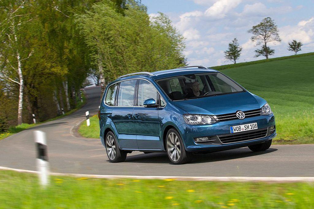 經濟部能源局的油耗測試數據日前也同步出爐,Sharan搭載1.4L TSI汽油引擎具備13.7km/L的平均油耗表現。 圖/Volkswagen提供
