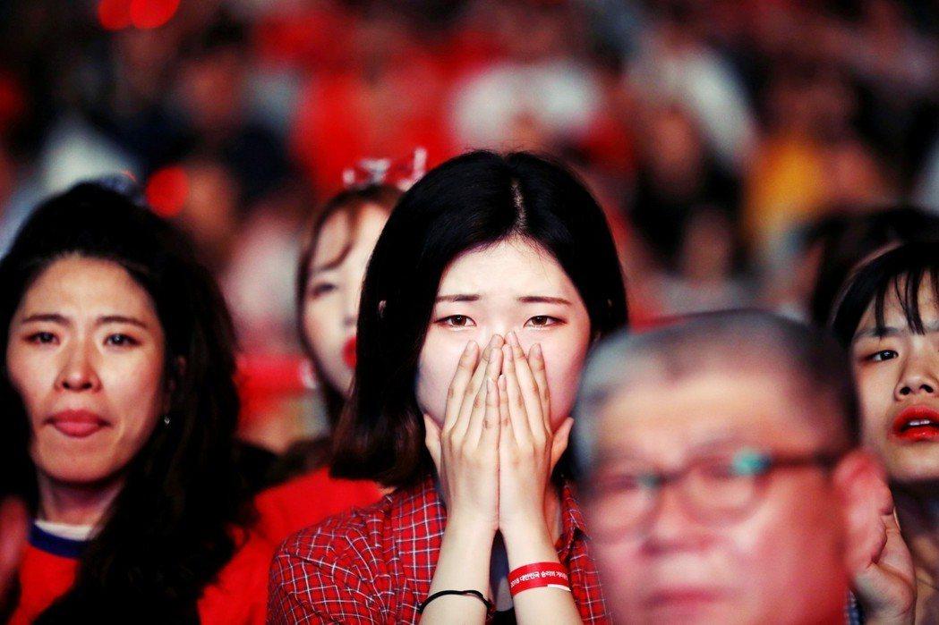 如今這個作為南韓#MeToo運動的第一個判決,以無罪作為小結,女權抗爭很可能再次...