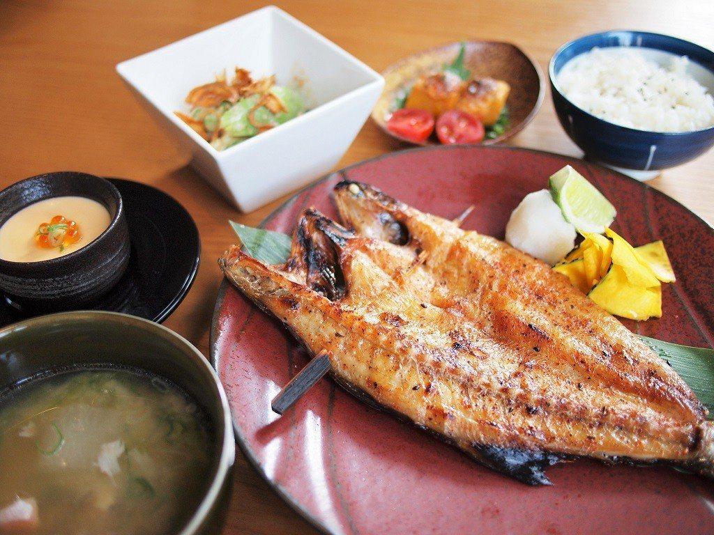 ▲一夜干經過一晚入味,完美襯托魚肉香。(圖/台灣旅行趣)