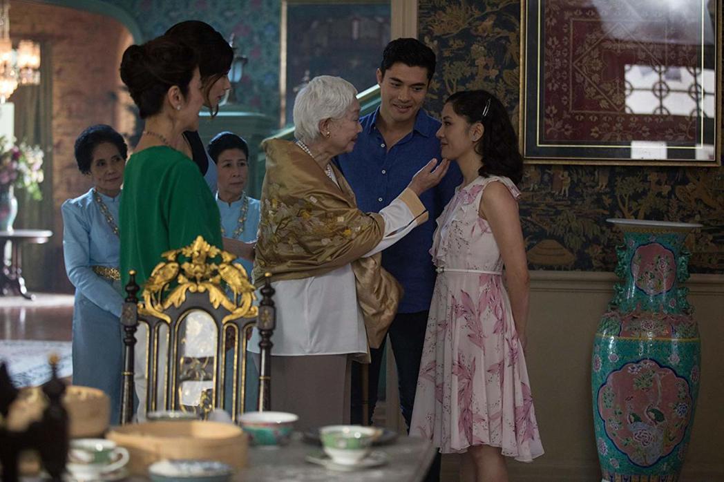 「瘋狂亞洲富豪」被視為亞裔題材與演員打進好萊塢主流的關鍵之作。圖/摘自imdb