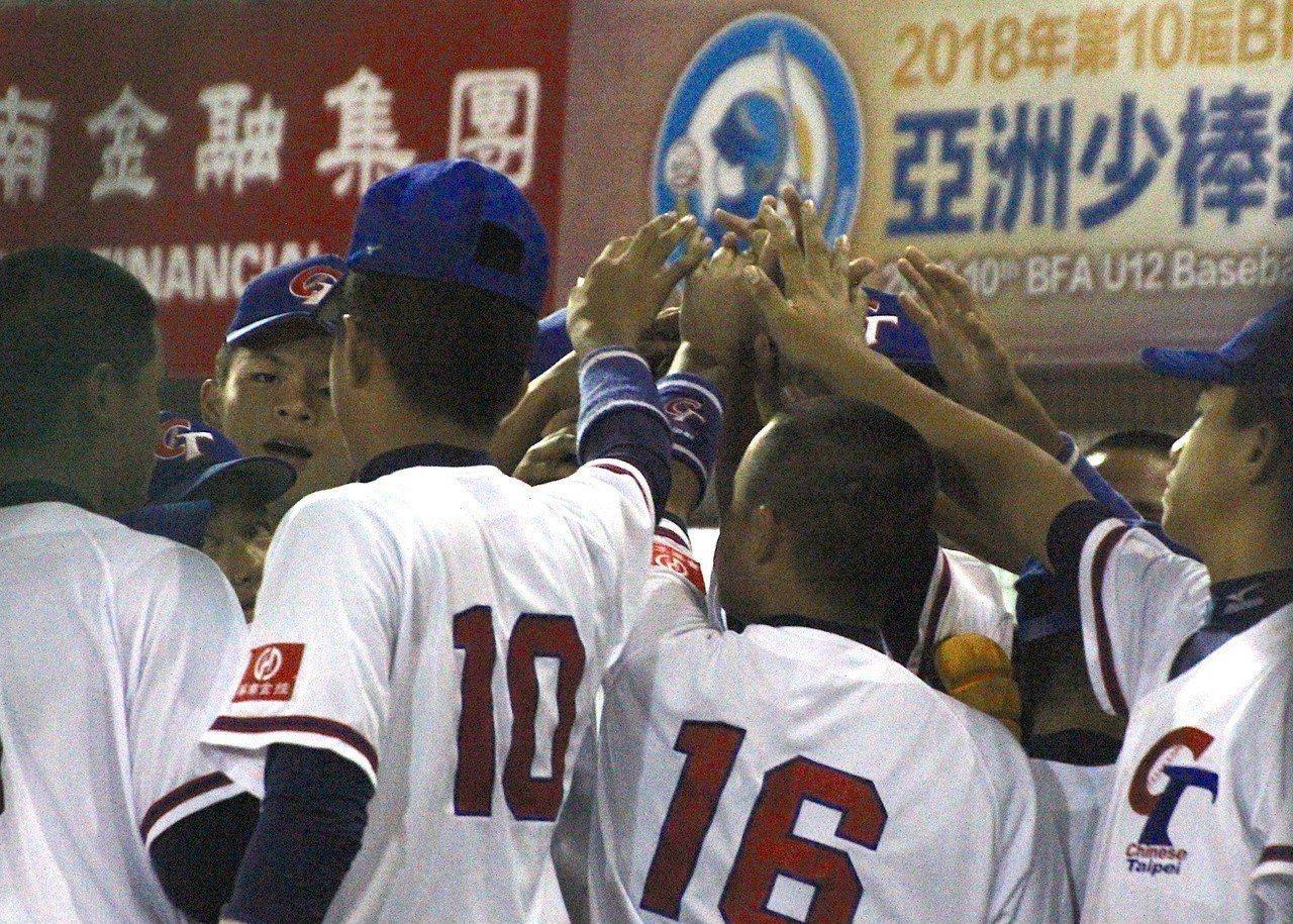 中華隊預賽3戰全勝晉級。記者葉姵妤/攝影