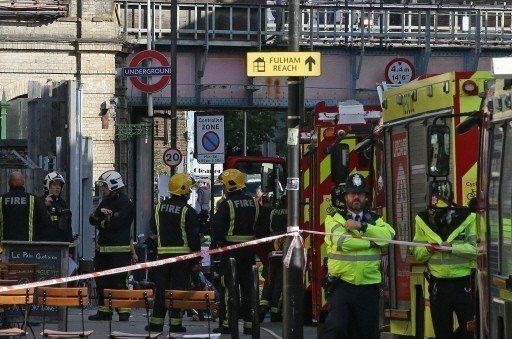 2017年9月15日,位於英國西倫敦的帕森綠地地鐵站遭遇恐攻。 (法新社)