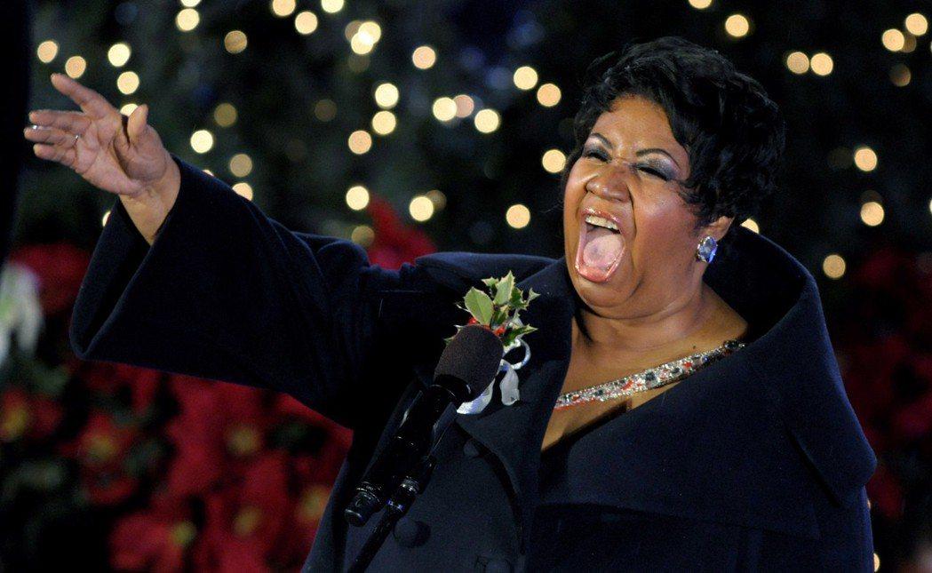 美國老牌靈魂樂女歌星艾瑞莎弗蘭克林(Aretha Franklin),病逝於美國