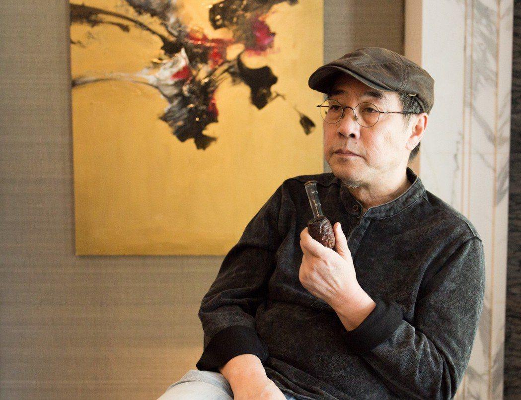 岑龍的藝術家性格,從作品、談吐到穿著都是那麼獨特。 攝影/張世雅