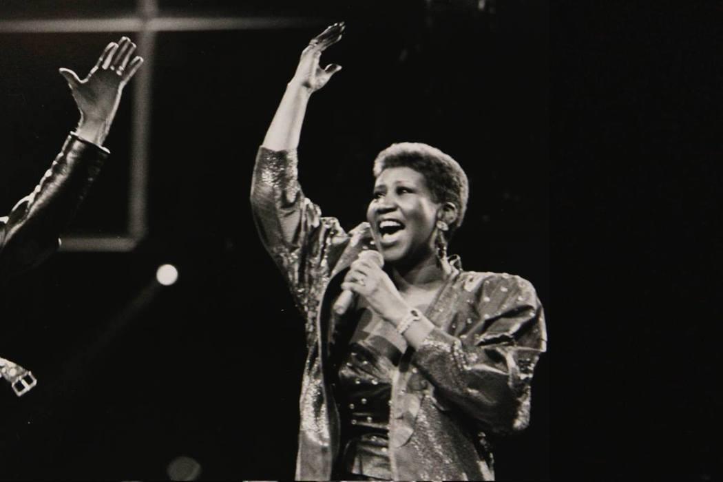 美國老牌靈魂樂女歌星艾瑞莎.富蘭克林(Aretha Franklin),病逝於美...