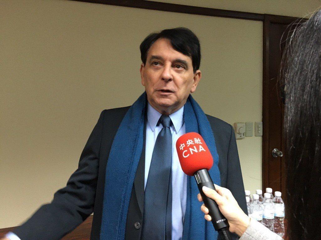 前AIT處長司徒文表示,習近平日前提出的一國兩制台灣方案,是錯誤之舉。 聯合報系...