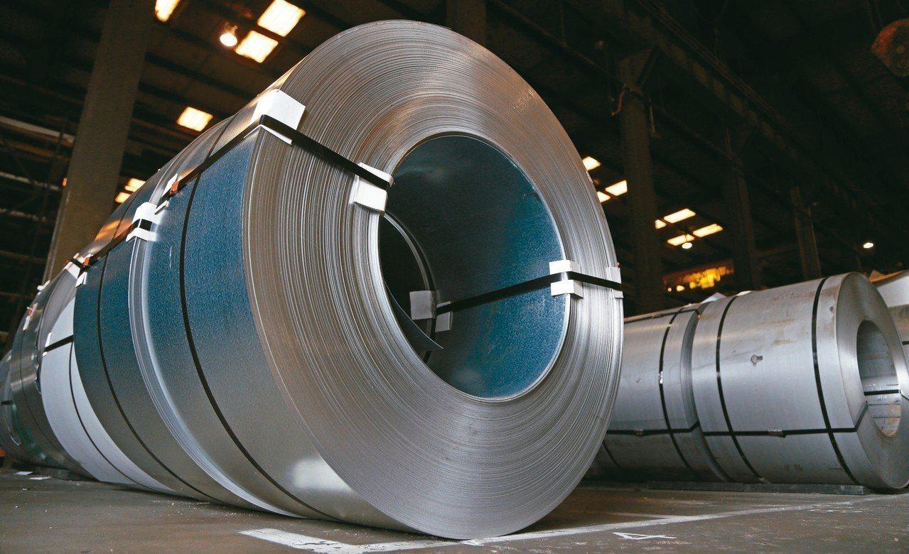 財政部公布4至7月加稅鋼品出口值較去年同期不減反增,出口值39.2億美元,增加1...