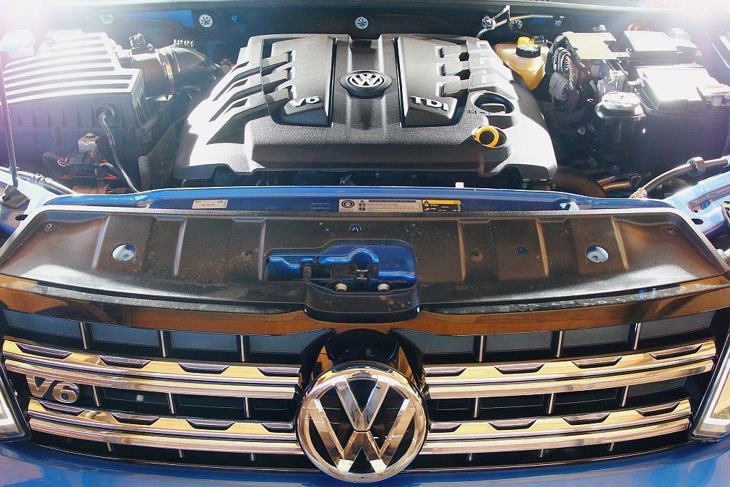 新3.0L V6渦輪增壓柴油引擎,最大馬力提升到224ps表現,扭力也漲至56....