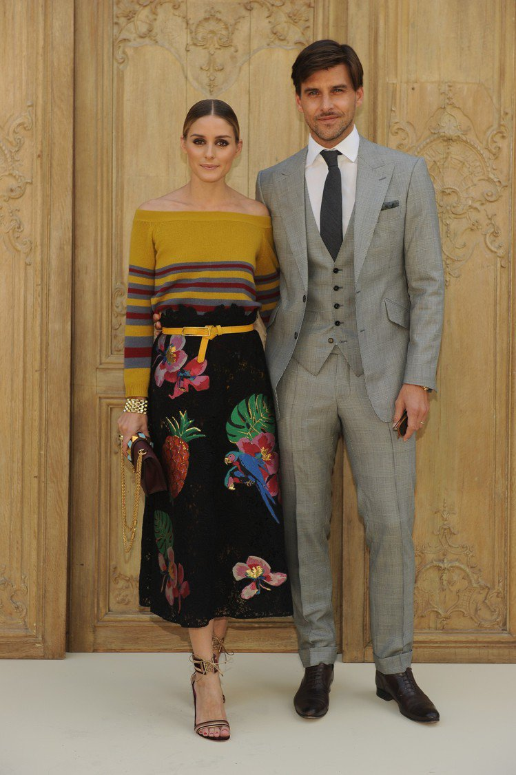 奧莉薇亞巴勒莫與老公Johannes Huebl。圖/Valentino提供