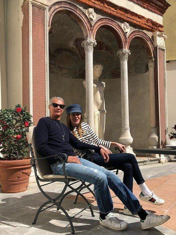 Anna Dello Russo和男友Angelo Gioia。圖/摘自IG