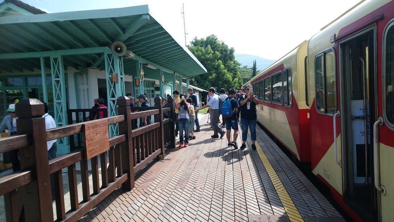 林鐵旅行第一站竹崎車站。記者謝恩得/攝影