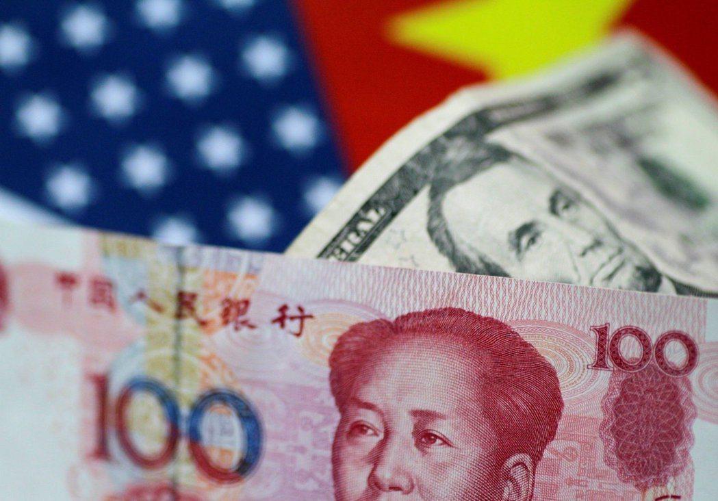 美中經貿問題副部級談判將於8月22日登場,傳川普政府向大陸施壓,擬要求人民幣升值...