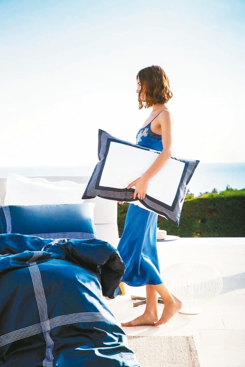 100%埃及長纖細棉製成的枕套寢具,觸感細膩,有助於放鬆睡眠。 FRETTE/提...