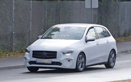 新世代Mercedes-Benz B-Class 幾近無偽裝路試中