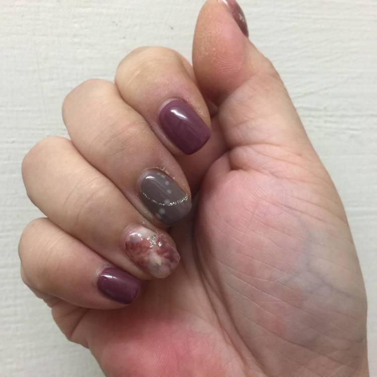 《延禧攻略》時尚夯色可運用在指彩上,趕上話題潮流。圖/記者陳立儀攝影