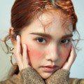 和楊丞琳都穿LV秋冬裝 艾瑪史東自然妝超美