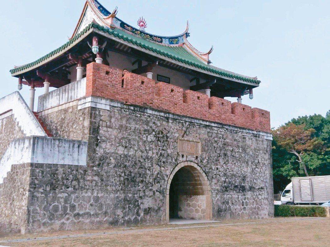 左營舊城門。(圖/本報資料照片)