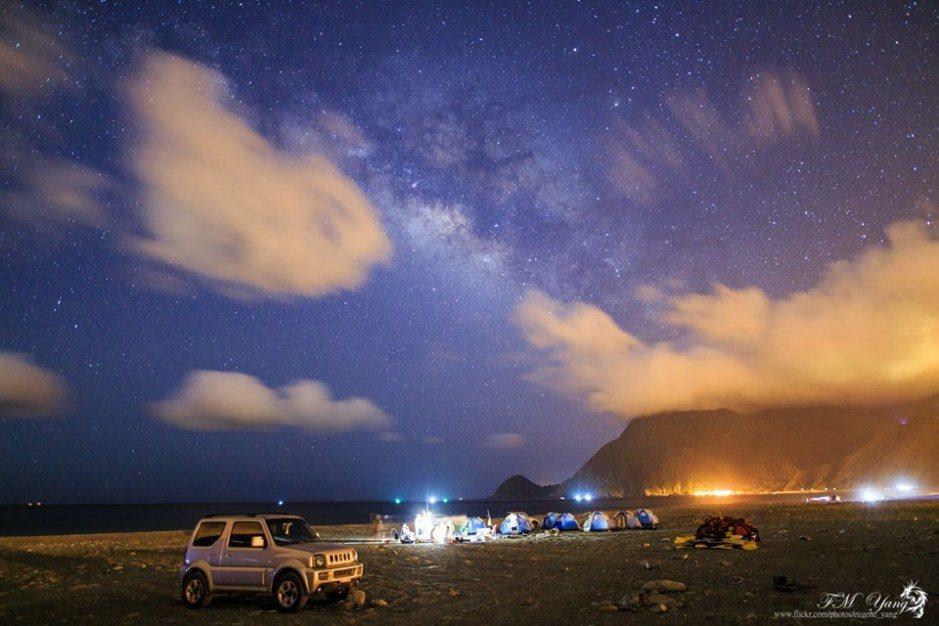 ▲星空露營區×露營地點-福隆海邊露營。(圖/Tripbaa趣吧!亞洲自由行專家)
