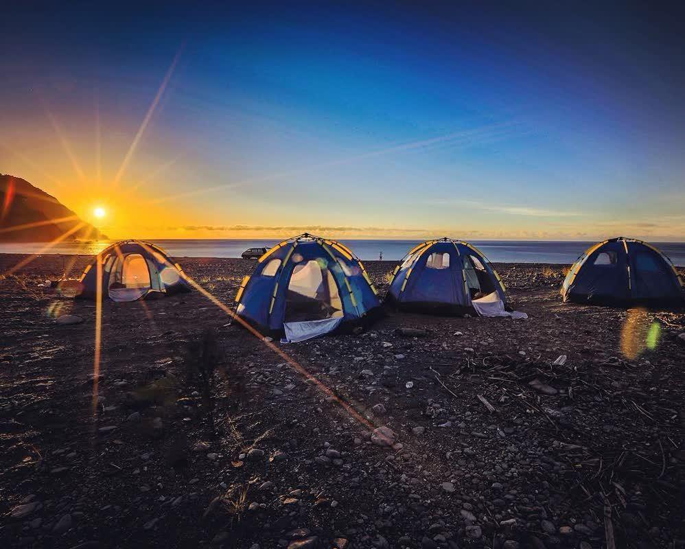 ▲星空露營區×露營地點-東澳海邊露營×獨木舟。(圖/ying_chiara, I...