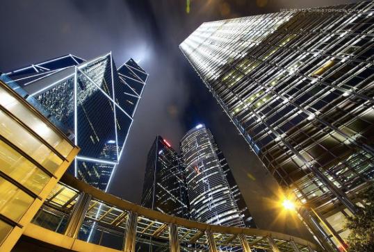 香港已連續八年穩坐全球房價最難負擔的城市第一位,屬於「極度負擔不起」。(照片/百...