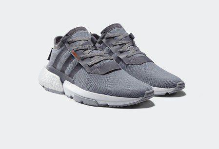 adidas Originals POD SYSTEM男生鞋款,4,690元。圖...