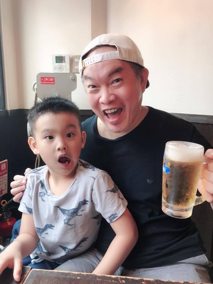 康康兒子已經6歲。圖/摘自康康臉書(  ※ 提醒您:禁止酒駕 飲酒過量有礙健康