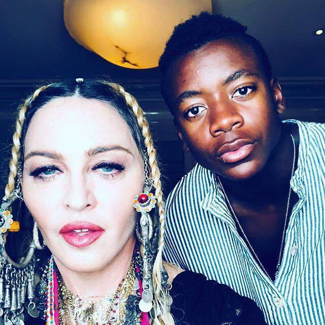 瑪丹娜(左)。圖/擷自臉書
