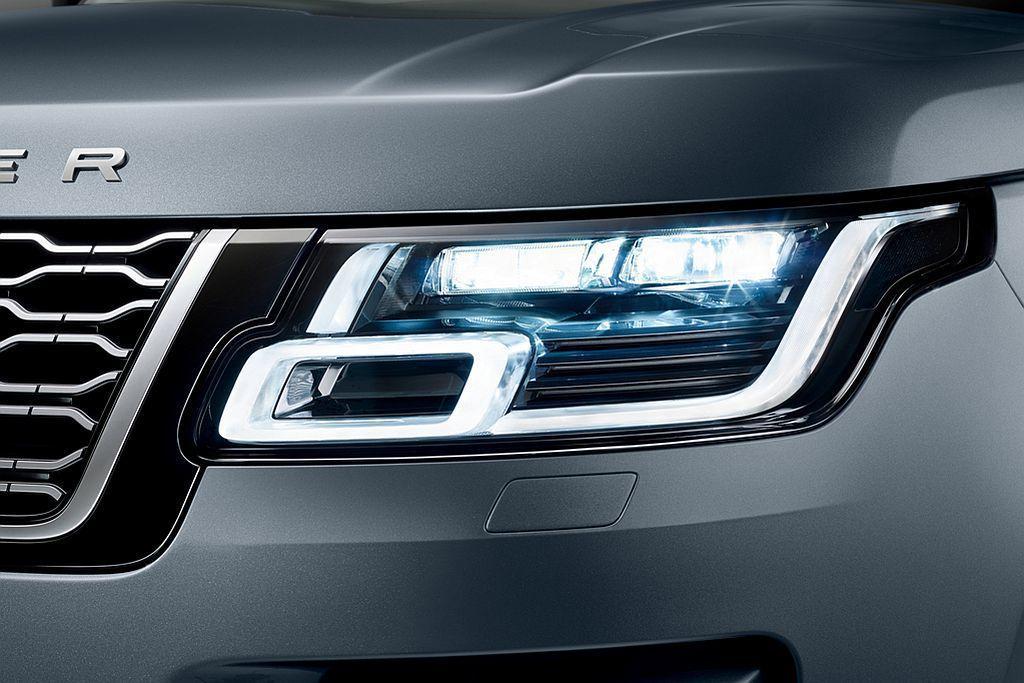 Land Rover Range Rover全車系配備矩陣式LED或高解析度LE...