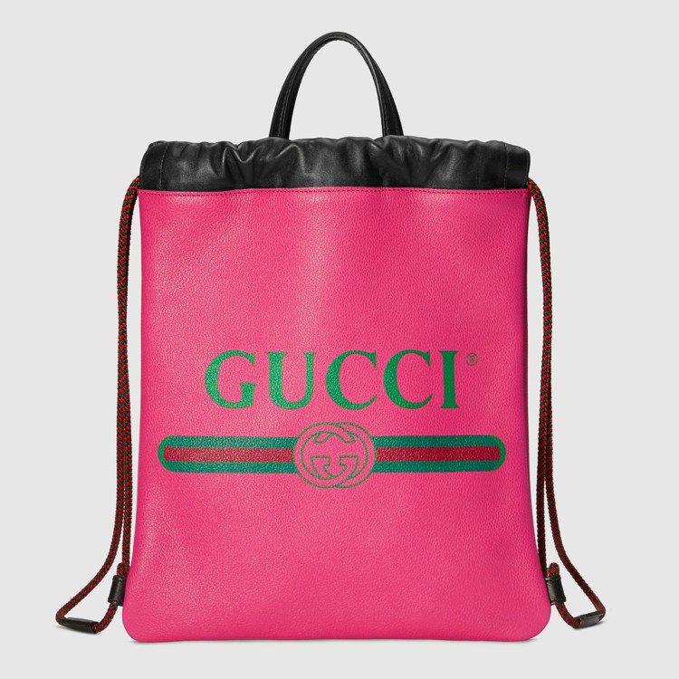 Gucci Print抽繩後背包,59,000元。圖/Gucci提供