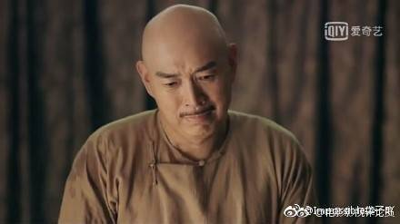 沈保平在「延禧攻略」演女主角「魏瓔珞」的爸爸。圖/摘自微博