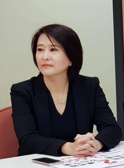 王鴻薇將徐巧芯的臉書截圖轉發至市黨部群組,紛爭愈演愈烈。 圖/王鴻薇提供