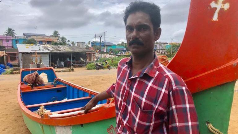 漁夫喬治在救援過程中,遭到貴族輕視身分低等。圖擷自CNN