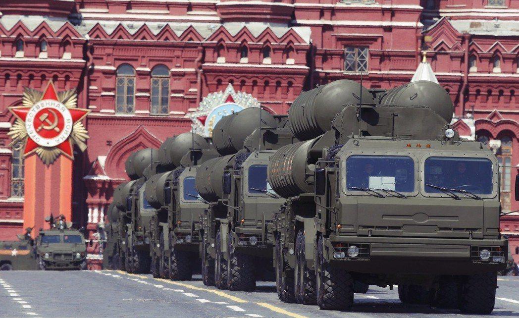 就在8月22日,俄羅斯更決定於2019年,交予土耳其首批 S-400 ,「到貨時...