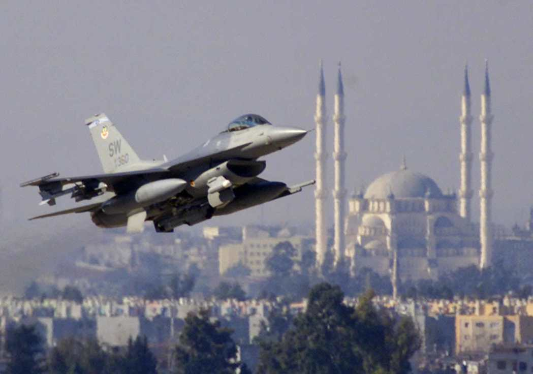 所謂山水有相逢,土耳其與美國保持平穩關係,並與俄羅斯保持適當距離,方為上策。圖為...