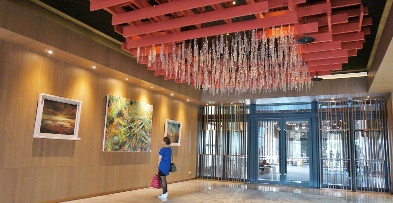 富有藝術感的飯店大廳。 徐谷楨/攝影